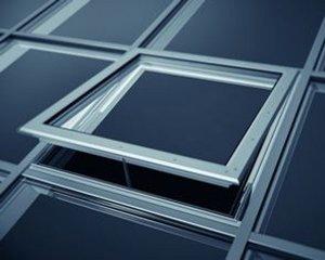 Okna - Pod szklanym niebem