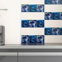 Nadaj przestrzeni wyrazistych barw – szklane dekoracje na ścianach