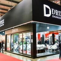 Inteligentne technologie na stoisku Drutex w Mediolanie