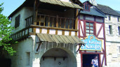 Baśniowe domy. Budynki inspirowane bajkami, baśniami i legendami