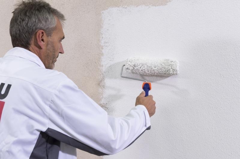 Specjalnie opracowana formuła farby fasadowej Premium – Baumit PuraColor to gwarancja łatwej aplikacji, wysokiej wydajności i trwałego efektu. Fot. Baumit